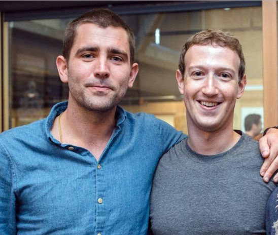استقالة كبير مديري منتجات فيسبوك